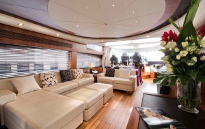Baltazar Sunseeker Predator 92 for charter