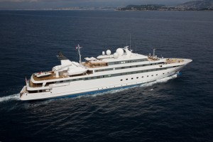 Lauren L megayacht for charter